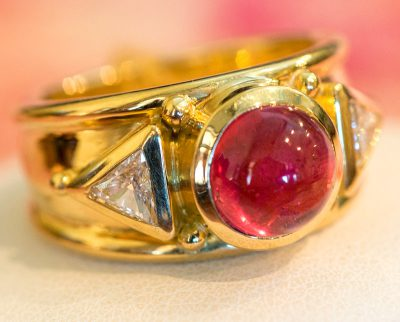 Photo of gold custom designed ring by Marc Howard, Santa Fe, New Mexico